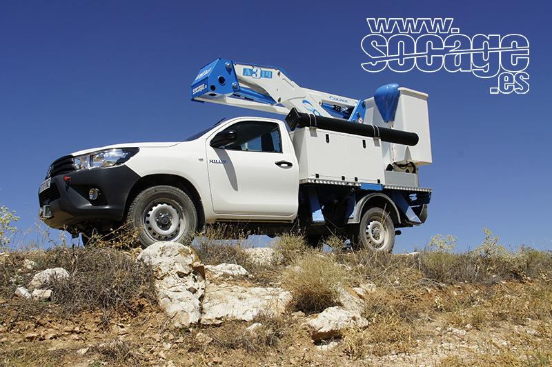 Plataformas elevadoras Socage sobre camión